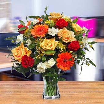 Urodzinowa Elegancja: różowe i żółte róże