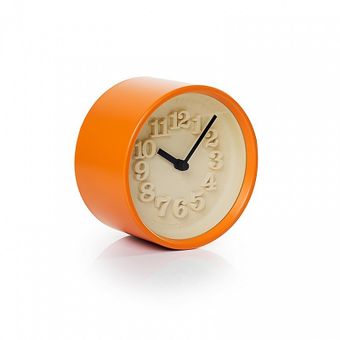Reloj 'Chiisana Tokei' de diseño retro de Riki Watanabe