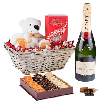 Teddy,szampan i czekoladki
