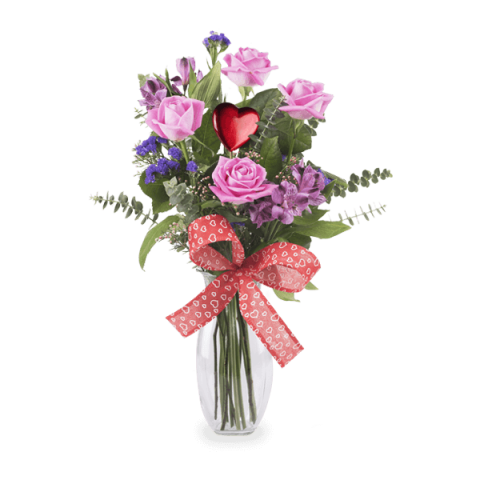 Rosy love: roses and alstroemeria