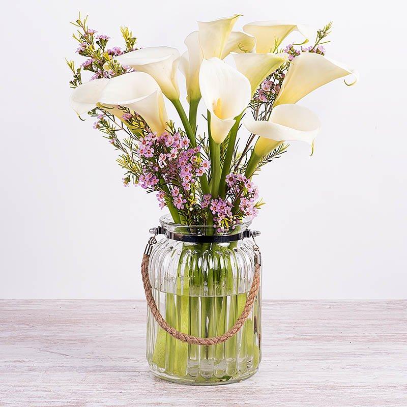 Estilo Elegante: calas y flor de cera