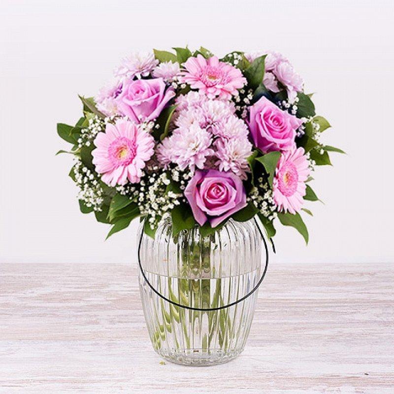 Felicidad: Rosas y Gerberas