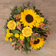 Seminyak: Girasoles y Crisantemos