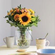 Seminyak: girasoli e crisantemi