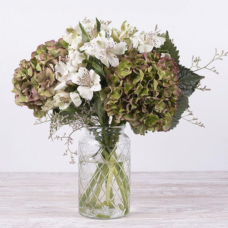 Manto Otoñal: hortensias y alstroemerias